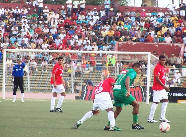 FECHA 03. CNI sacaba un valioso empate de Chiclayo en un partdiazo que acabó en 2-2 final. (Foto: diario La Industria de Chiclayo)