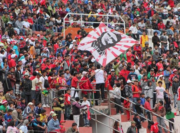 LA HINCHADA. Cienciano ha tenido un arranque de campeonato fantástico y ello se ve reflejado en las tribunas del Garcilaso.  (Foto: Diario del Cusco)