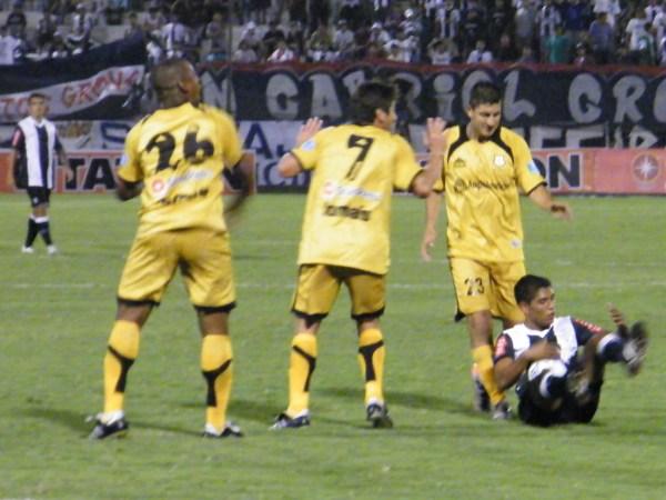 FECHA 06. Alianza resignaría por primera vez puntos en Matute tras empatar sin goles ante Cobresol. (Foto: Wagner Quiroz / DeChalaca.com)