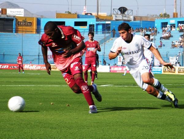 FECHA 7. León de Huánuco salió airoso en su visitar a San Martín. El encuentro quedó finalmente igualado 0-0. (Foto: Wagner Quiroz / DeChalaca.com)