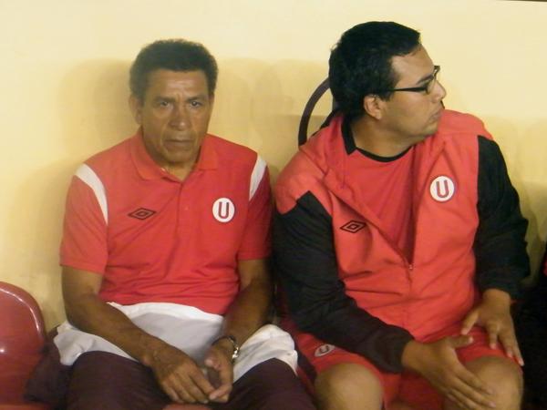 EL ÍDOLO. En la imagen, 'El Capitán de América', Héctor Chumpitaz, incluido dentro del comando técnico de Universitario, el club de su amores. (Foto: José Salcedo / DeChalaca.com)