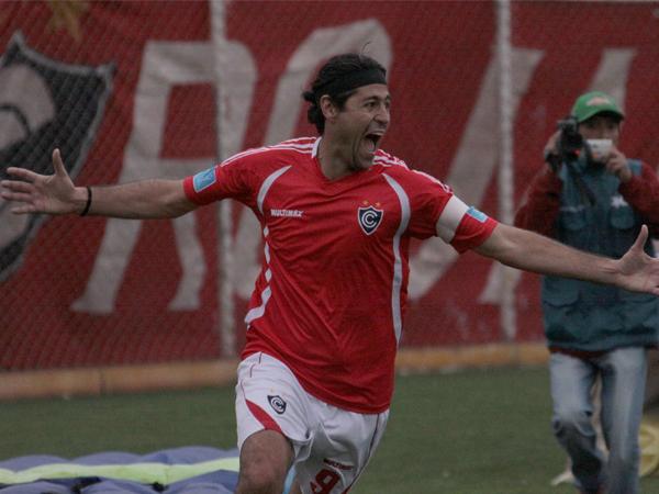 SAN CHECHO. Sergio Ibarra fue el salvador del elenco cusqueño. Con el gol de 'Checho', Cienciano sigue puntero en el campeonato. (Foto: diario El Sol de Cusco)