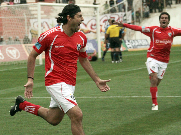 FECHA 10. Con gol del inacabable Sergio Ibarra, Cienciano logró un ajustado triunfo sobre César Vallejo. (Foto: diario El Sol del Cusco)