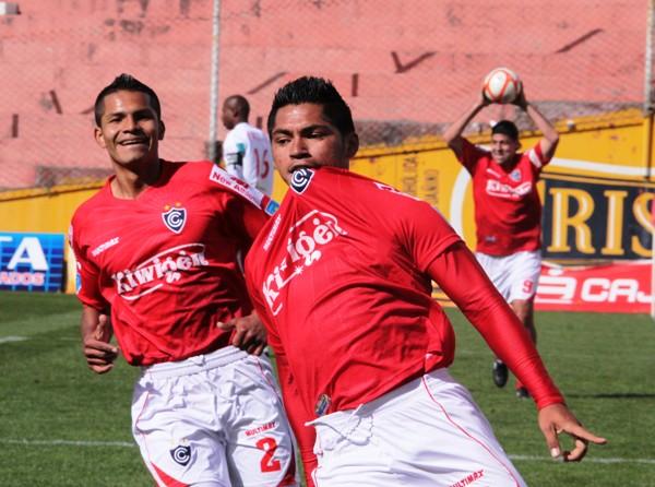 FECHA 12. Cienciano hizo disfrutar a su público tras derrotar 2-1 al poderoso Juan Aurich. (Foto: diario El Sol del Cusco)