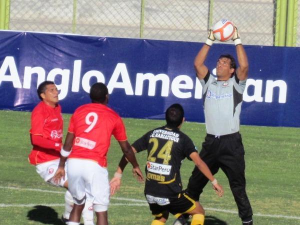 FECHA 14. Juan Aurich lo tuvo pero solo se pudo traer un empate en su visita a Cobresol. (Foto: Roice Zeballos)