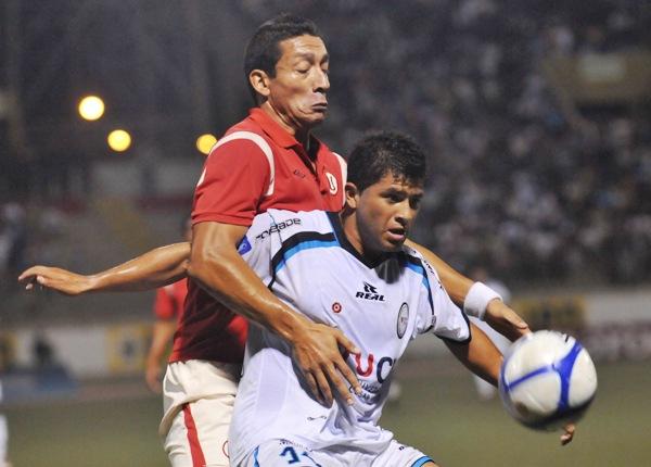 FECHA 14. En un cotejo cerrado, César Vallejo se tuvo que conformar con igualar 0-0 ante Universitario. (Foto: diario La Industria de Trujillo)