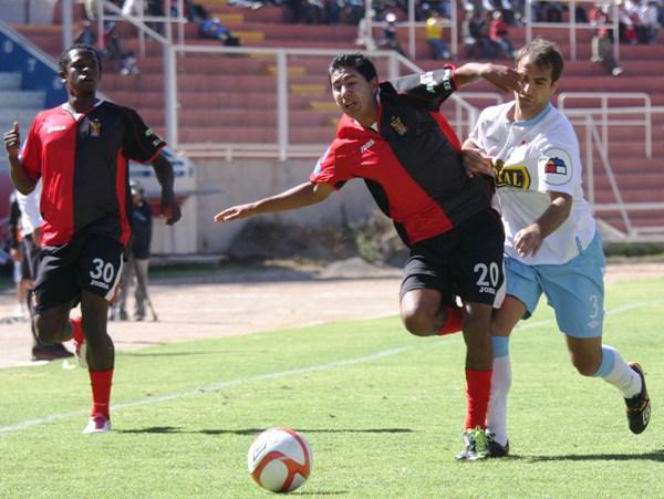 FECHA 16. Wimar Valencia conseguiría su primer triunfo al mando de Melgar luego de vencer 2-1 a Cristal. (Foto: Prensa Melgar)