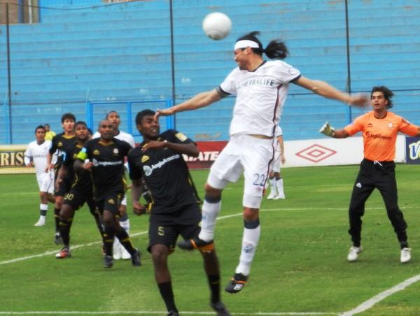FECHA 16. Cobresol sacó un importante empate ante San Martín en Lima. (Foto: Abelardo Delgado / DeChalaca.com)