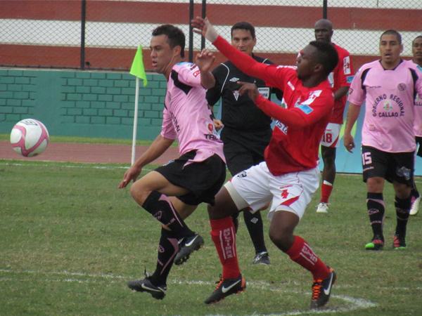 El brasileño Leandro Franco jugó poco pero aportó mucho en el Boys. (Foto: José Salcedo / DeChalaca.com)