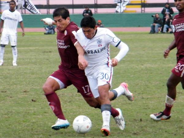 FECHA 18. Un nuevo 0-0 en el registro albo. Esta vez ante Universitario en el San Martín. (Foto: Wagner Quiroz / DeChalaca.com)
