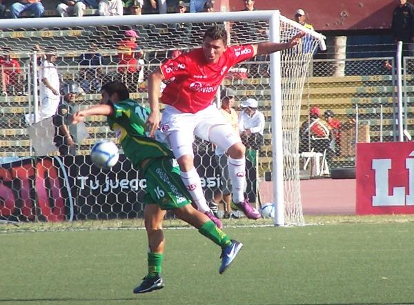 FECHA 21. El 'Ciclón' sufrió más de la cuenta para vencer a un complicado Sport Huancayo. El marcador final del cotejo culminaría 1-0 a favor de los chiclayanos.  (Foto: diario La Industria de Chiclayo)