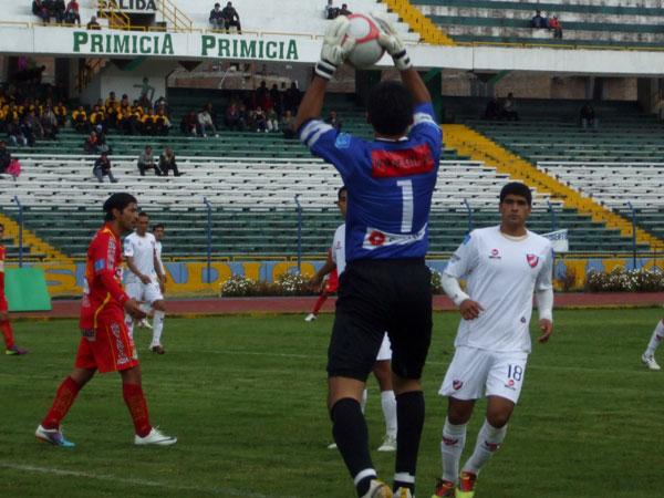 FECHA 22. Jesús Cisneros no tuvo una buena actuación ante Huancayo. El cuadro iquiteño cayó por 3-1. (Foto: diario Primicia de Huancayo)