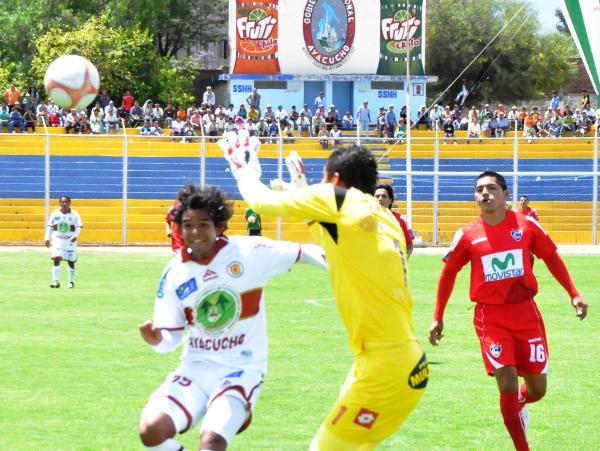 FECHA 23. En un mejor partido, Cienciano pudo igualar 2-2 ante Inti Gas. (Foto: Ciro Madueño)