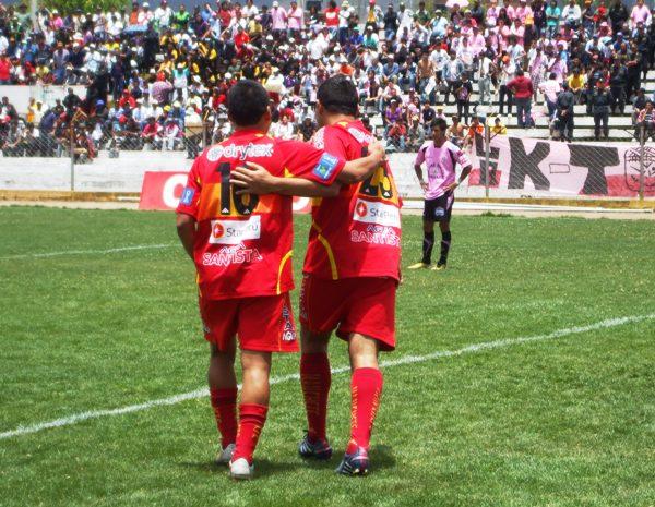 FECHA 27. Sport Huancayo lograría golear 0-3 al Boys en el mismísimo Miguel Grau y su sueño de clasificar a la Libertadores comenzaba a hacerse posible. (Foto: Diario Primicia de Huancayo)