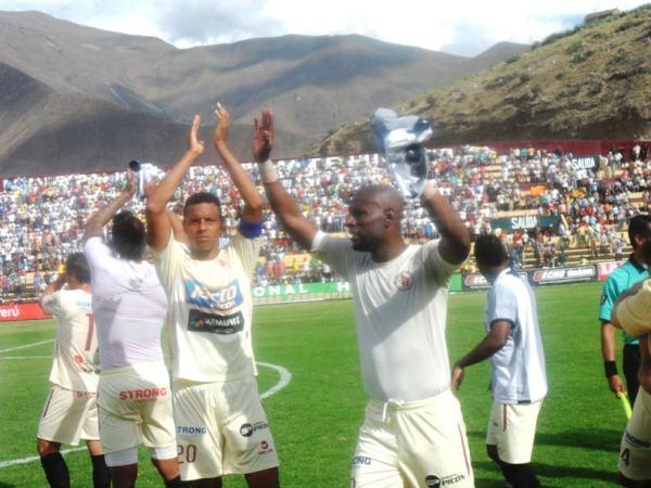 RUGE LEÓN. León de Huánuco sigue en pie de lucha por la final y en búsqueda de asegurar un cupo a la Libertadores 2012. (Foto: Jesús Suárez)