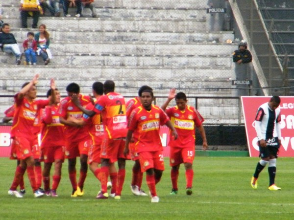 FECHA 28. Sport Huancayo sorprendió a Alianza y le asestó su primera derrota en condición de local. (Foto: Wagner Quiroz / DeChalaca.com)