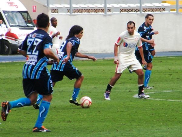 TÚ SI VALES. Cazulo fue determinante para que Vallejo consiguiera el 2-2 ante la 'U'. (Foto: Wagner Quiroz / DeChalaca.com)