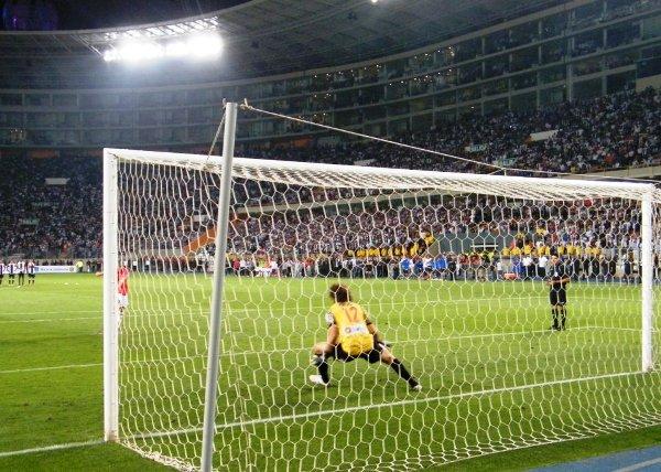 FIERRAZO. Édgar Balbuena fusiló a Libman y anotó el segundo para Juan Aurich. (Foto: Wagner Quiroz / DeChalaca.com)