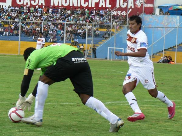FECHA 01. Inti Gas comenzó con el pie derecho el torneo tras superar por la mínima a León con tanto de Ángelo Cruzado. (Foto: Ciro Madueño)
