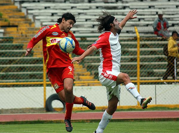 Goleador prehistórico o no, Sergio Ibarra sigue engrosando su cuenta de goles en el fútbol peruano. Ante Melgar sumó uno más (Foto: Jhefryn Sedano)