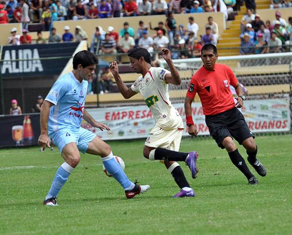 Reimond Manco supera la marca de Emiliano Ciucci la vez que León no pasó del empate a dos goles frente a Real Garcilaso (Foto: diario Ahora de Huánuco)