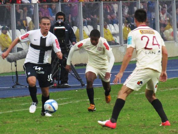Alianza y Universitario aún tienen mucho por sanear en sus clubes como para soñar con grandes metas sin correr riesgos (Foto: José Salcedo / DeChalaca.com)