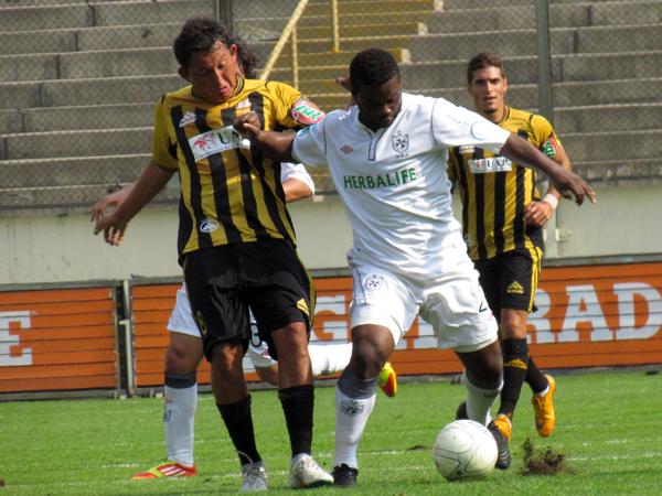 Así como la San Martín, el colombiano Johnnier Montaño tiene en 2013 la oportunidad de cobrarse una revancha futbolística por lo poco productivo que fue el año anterior (Foto: José Salcedo / DeChalaca.com)