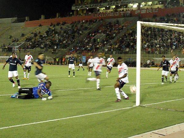 San Martín obtuvo un triunfo de gran valor para seguir sumando puntos y empezar a soñar con llegar a la Sudamericana (Foto: Diario de Chimbote)