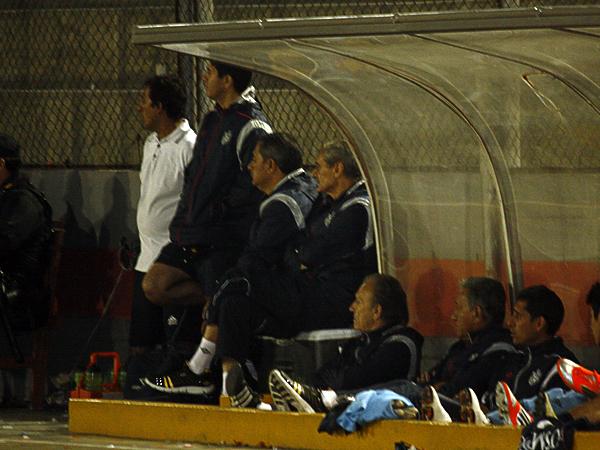 LA CLAVE: Ángel Cappa vio bien el partido desde el banco visitante para reacomodar sus fichas con las variantes que empleó (Foto: Diario de Chimbote)