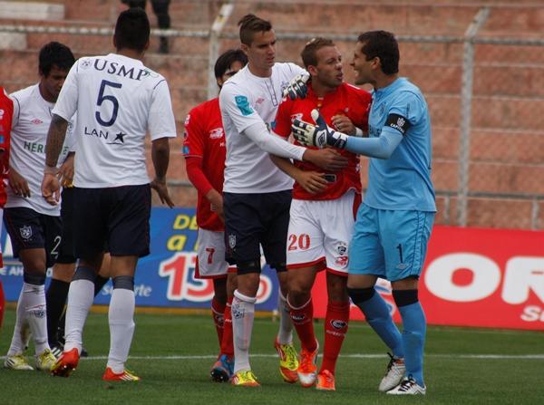 EL CAPO. Diego Pizarro fue el jugador más desequilibrante de Cienciano. Incluso, fue el autor de un verdadero golazo. (Foto Depor.pe)