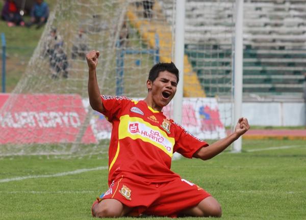 LA JOYITA. A los 83 minutos, Daniel Morales rubricó un espléndido gol gracias a un remate de larga distancia. (Foto: Jhefryn Sedano)