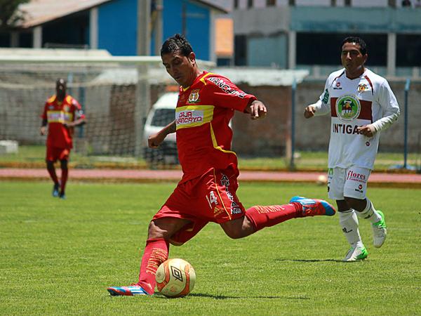 EL CAPO: Al mando de las filas de Sport Huancayo estuvo Ryan Salazar para armar la ofensiva de su equipo hacia la victoria (Foto: Jhefryn Sedano)
