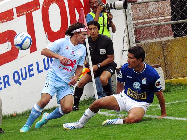 Pese a que comenzó siendo el capitán del equipo, Wálter Vílchez no consiguió regularidad en Cristal por lo que terminó fuera del plantel celeste (Foto: José Salcedo / DeChalaca.com)