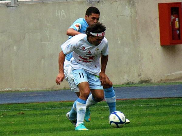 La baja de Andy Pando en Real Garcilaso afectó en especial al 'Ratón' Rodríguez que se vio sacrificado en el ataque (Foto: José Salcedo / DeChalaca.com)