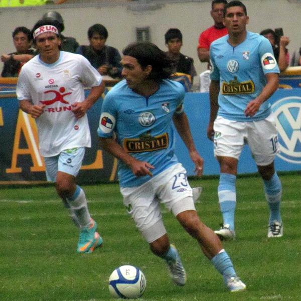 El motor del equipo rimense en el 2012 fue Jorge Cazulo, quien desde el mediocampo facilitó las tareas de sus compañeros (Foto: José Salcedo / DeChalaca.com)