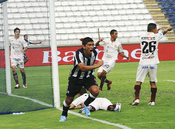Frente a UTC en Matute, Alianza se mantuvo firme en sus choques contra los vigentes campeones de la Copa Perú (Foto: Luis Chacón / DeChalaca.com)