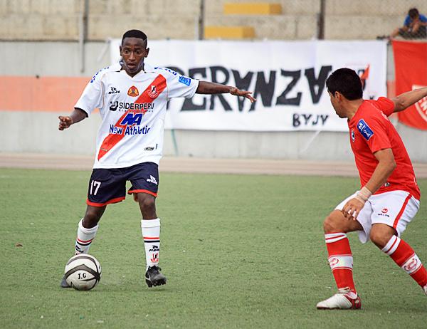 Con una carrera venida a menos, Jack Durán intenta recuperar el tiempo en Chimbote donde pelea por salvar la temporada con el Gálvez (Foto: Héctor Inti / Diario de Chimbote)