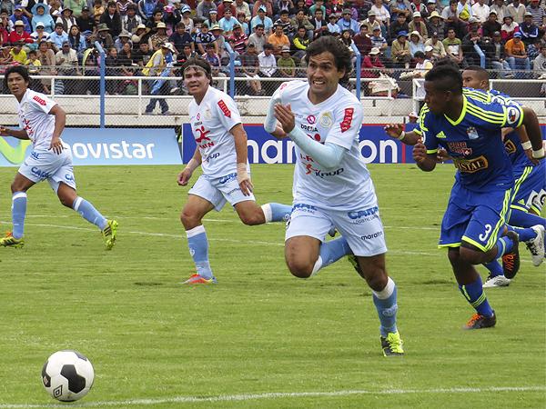 La ventaja que sacó Real Garcilaso con el gol del 'Cachi' Ferreira le quedó corta luego de la reacción de Cristal (Foto: Percy Cóndor)