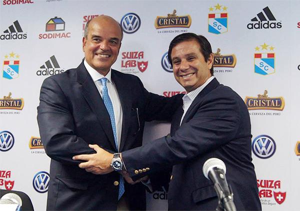 Federico Cúneo le toma la posta a Felipe Cantuarias, quien deja a Cristal luego de cumplir algunas de las metas que se trazó durante su mandato (Foto: prensa Sporting Cristal)