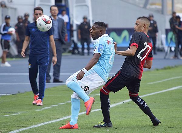 Soso apostó por un juego práctico en la final y le resultó. (Foto: Raúl Chávarry / DeChalaca.com)