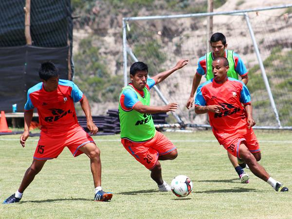 Chávez y Colán comandarán la volante ofensiva de Ayacucho. (Foto: Michael Carrión / prensa Ayacucho FC)
