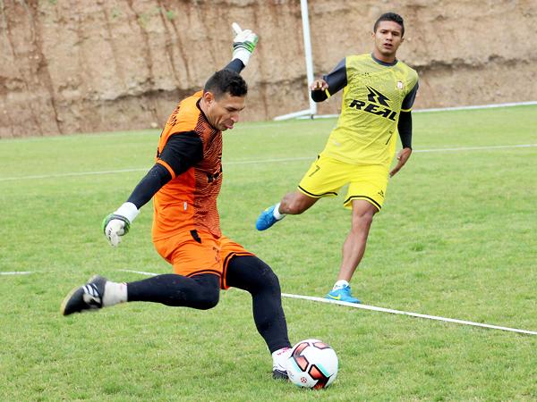 Villasantti se mantiene en la escuadra ayacuchana. (Foto: Michael Carrión / prensa Ayacucho FC)