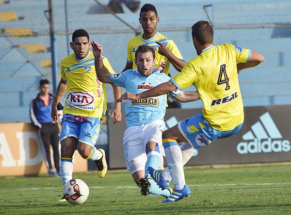 La goleada recibida por La Bocana en el Gallardo, marcó un antes y un después en las ideas de Soso. (Foto: Raúl Chávarry / DeChalaca.com)