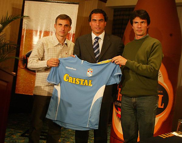 José Guillermo del Solar asumió las riendas de Cristal en 2005 y fue campeón. (Foto: diario El Comercio)