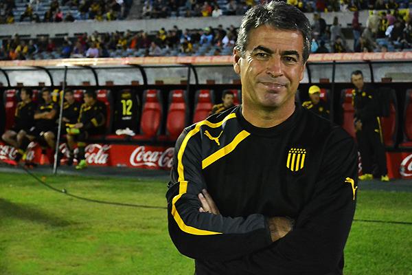 Pablo Bengoechea había demostrado su capacidad en Peñarol. Con Alianza Lima suma un título más. (Foto: padreydecano.com)