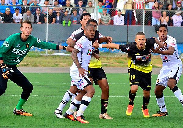 Aguirre (Foto: Arturto CasYop / DeChalaca.com)