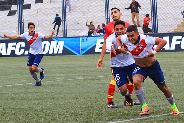 Eduardo Rabanal no desaprovechó su oportunidad y anotó con un soberbio gol de chalaca. (Foto: prensa Deportivo Municipal)