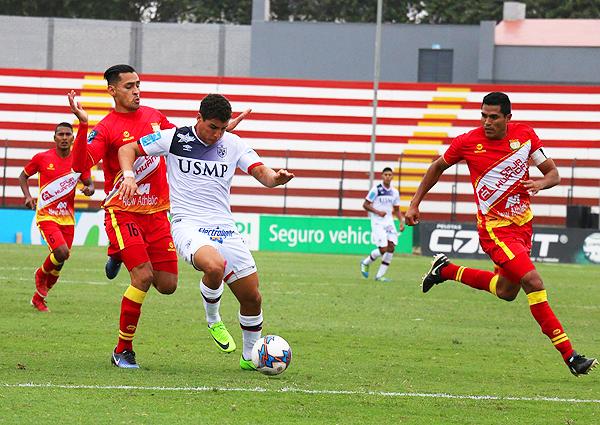 Succar mantuvo la intensidad en el ataque, pero Corrales lo marcó con solidez. (Foto: prensa Universidad San Martín)