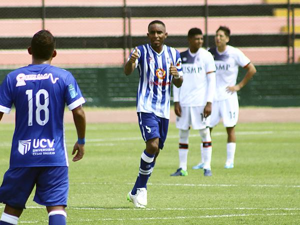 El punta colombiano no pudo tener mejor debut con Alianza Atlético que dándole la victoria a su equipo frente a la San Martín (Foto: Pedro Monteverde / DeChalaca.com)