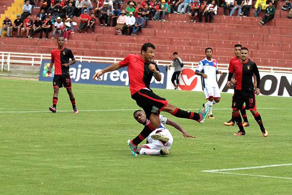 Zúñiga convirtió su primer gol en el año. Con 40 a cuestas, sigue sumando. (Foto: cortesía Ovación Digital)